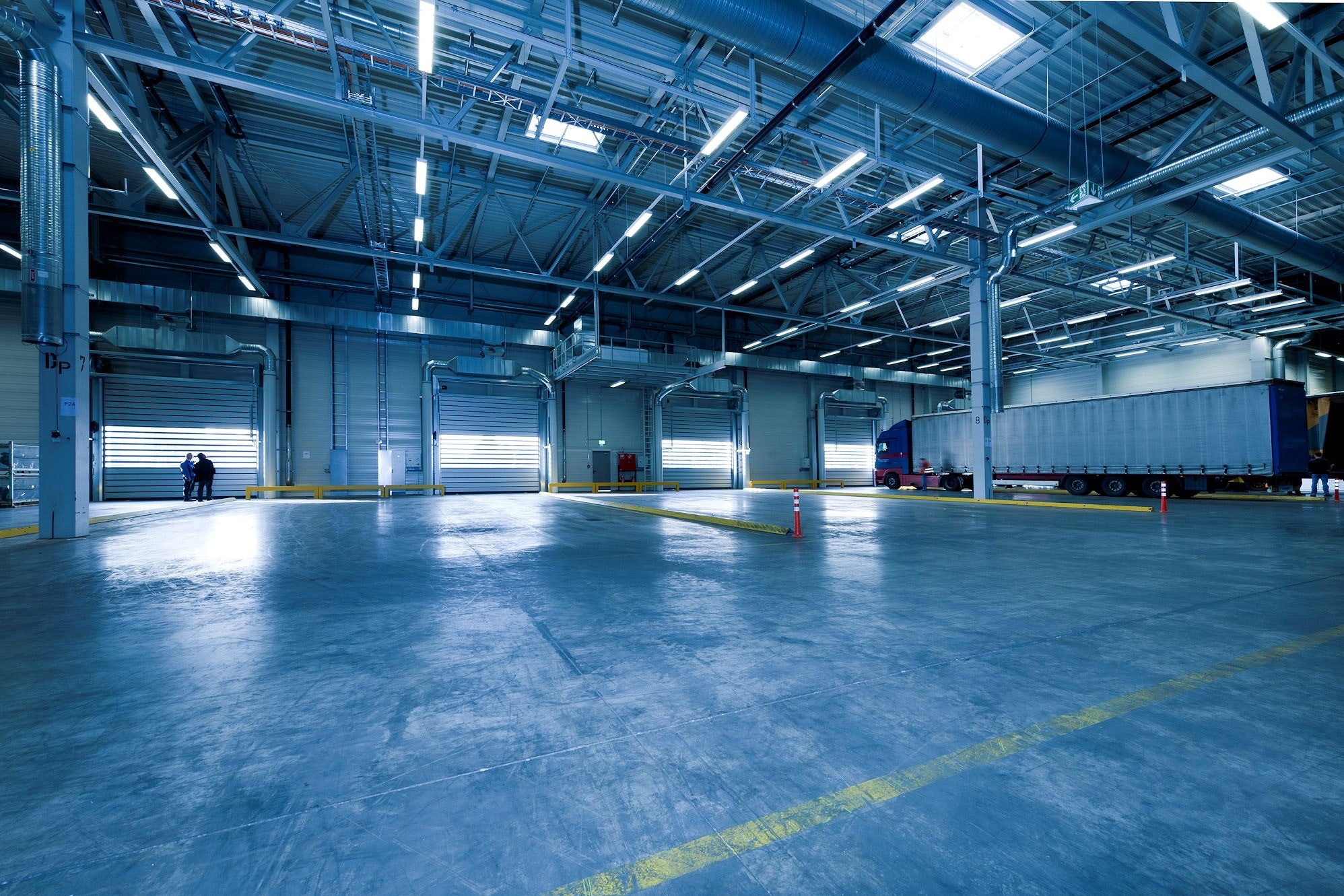 The warehouse where you may use and store your electric pallet lift.